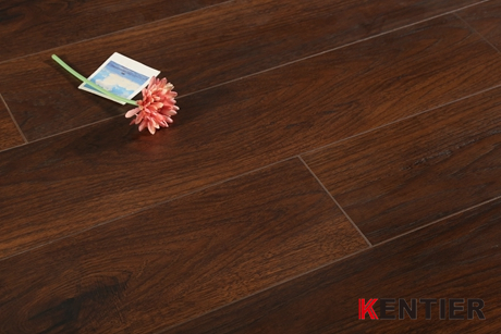 K1304-Longboard laminate flooring from Kentier